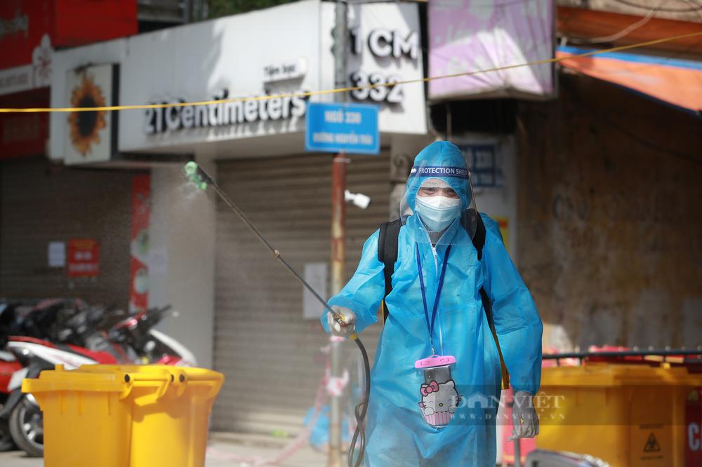 Phó giám đốc CDC: Hà Nội có thể sẽ tiếp tục giãn cách xã hội sau ngày 6/9 - Ảnh 3.