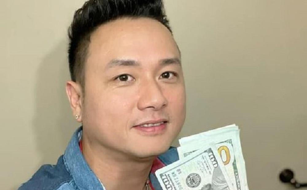 Được khán giả lì xì 800 đô, hành động sau đó của Hàn Thái Tú khiến nhiều người cảm phục