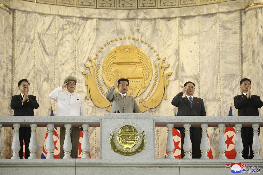 3 tháng sau bài báo người Triều Tiên lo lắng vì lãnh đạo tiều tụy, ông Kim Jong-un tái xuất cực phong độ - Ảnh 5.