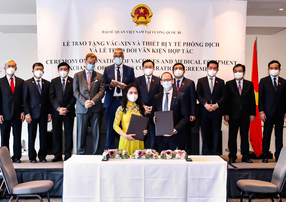Bầu Hiển bơm hàng chục tỷ đô làm siêu dự án điện gió ở Việt Nam, bắt tay hàng loạt đại gia lớn - Ảnh 1.