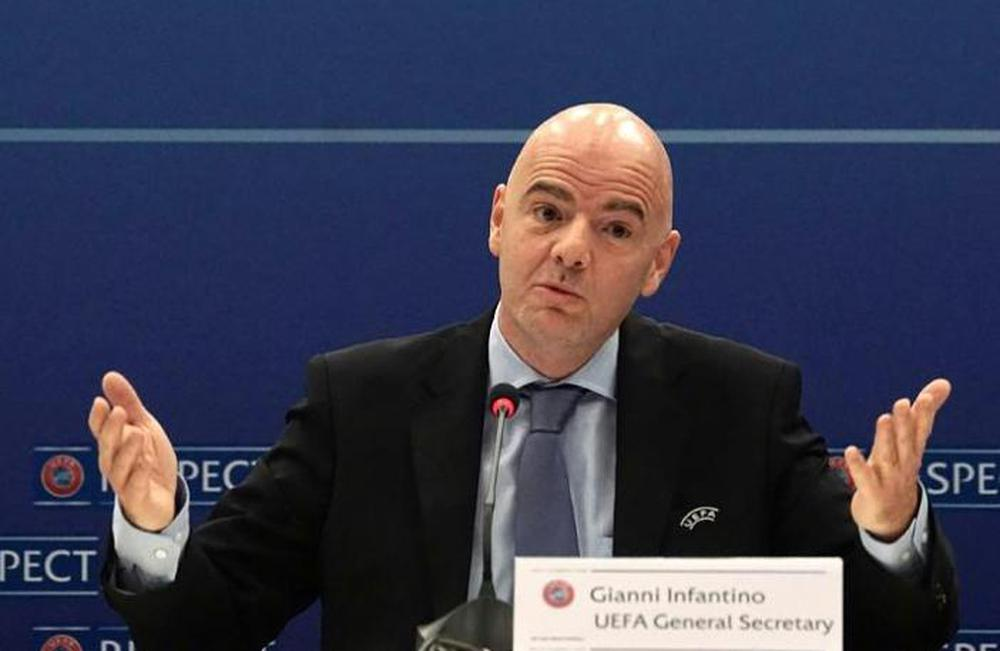 """Báo Trung Quốc: """"Tuyển Trung Quốc thất bại, người buồn nhất chính là… chủ tịch FIFA"""" - Ảnh 1."""