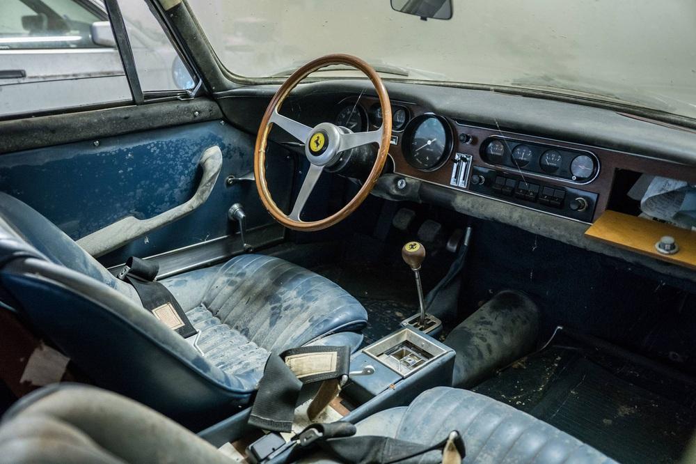 Người chủ bỏ mặc 5 chiếc xe đến thảm thương, chuột làm tổ từ trong ra ngoài – Chuyên gia định giá nhanh 4 triệu USD - Ảnh 3.