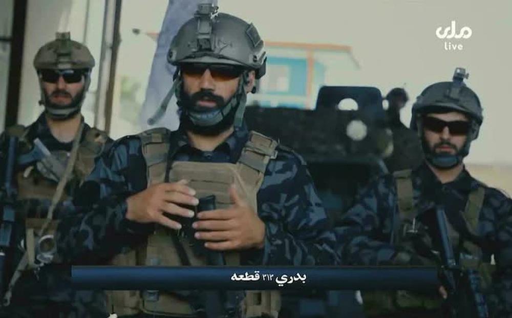 """Lò đào tạo biệt kích Taliban đông khủng khiếp: Chiến binh khóc lóc, xếp hàng """"xin được chết""""!"""