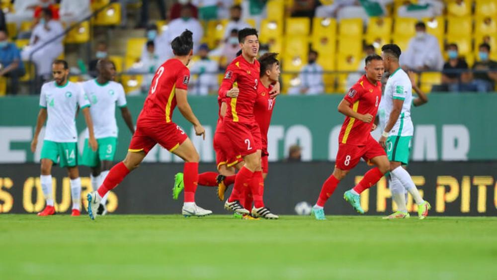 Báo Trung Quốc: Tuyển Trung Quốc chưa đá đã thua Việt Nam dù giá trị cầu thủ cao gấp 5 lần - Ảnh 2.