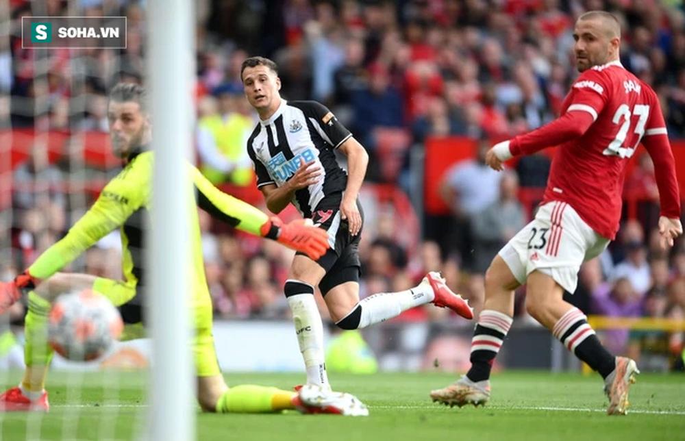 Ghi 2 bàn định đoạt trận đấu, Ronaldo đem về chiến thắng đậm đà siêu mãn nhãn cho Man United - Ảnh 2.