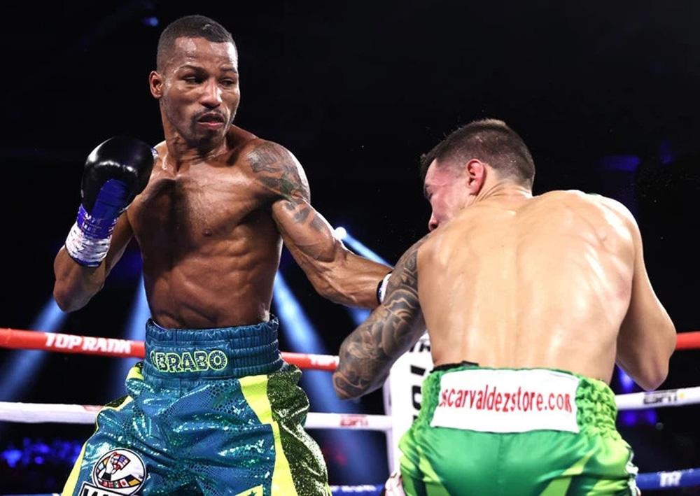 Chiến thắng đầy tai tiếng của Oscar Valdez sau trận bảo vệ đai WBC - Ảnh 2.