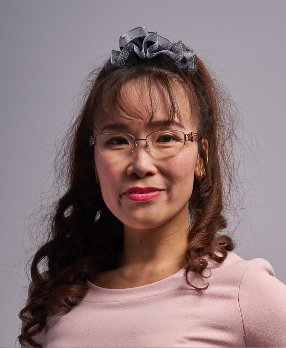 Cổ phiếu hàng không trỗi dậy, bà chủ Vietjet trở lại Top 5 người giàu nhất - Ảnh 1.
