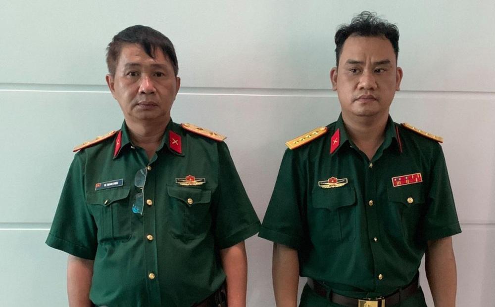 Người đàn ông giả mạo Trung tướng quân đội khi qua chốt vừa bị bắt là giám đốc công ty nào?