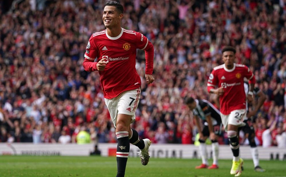 [TRỰC TIẾP] Man United 2-1 Newcastle: Ronaldo dứt điểm vô cùng tinh tế nâng tỉ số cho Quỷ đỏ