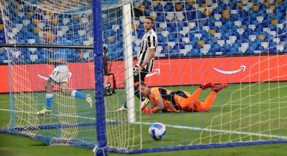 Juventus rơi xuống vị trí thứ 16 trên BXH Serie A sau thất bại trước Napoli - Ảnh 6.