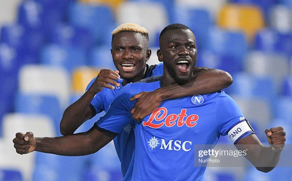 Juventus rơi xuống vị trí thứ 16 trên BXH Serie A sau thất bại trước Napoli