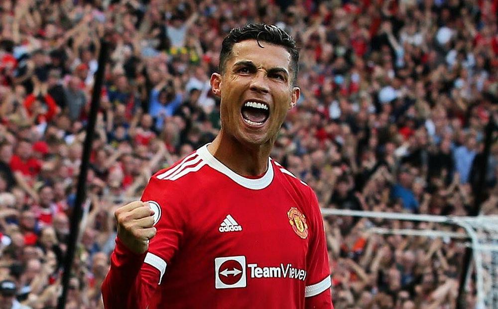 Từng buông lời chê bai Ronaldo già nua, chuyên gia Anh giờ tuyên bố CR7... quá phi thường