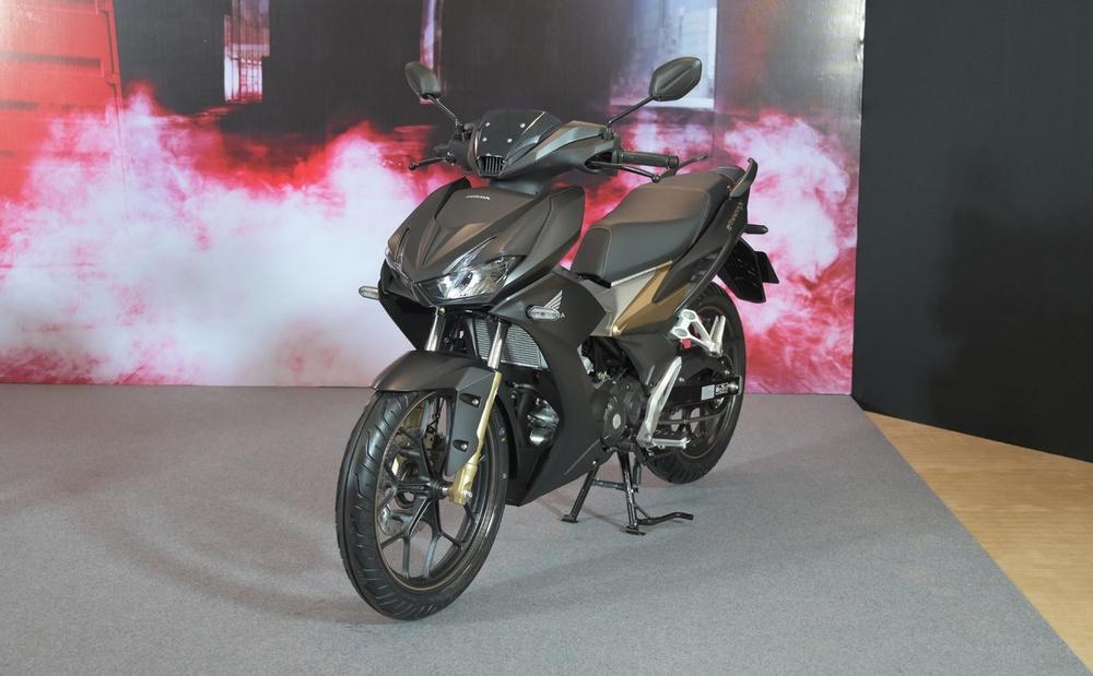 Honda Winner giảm hơn chục triệu, liệu Yamaha Exciter có 'vững như kiềng ba chân'? - Ảnh 1.