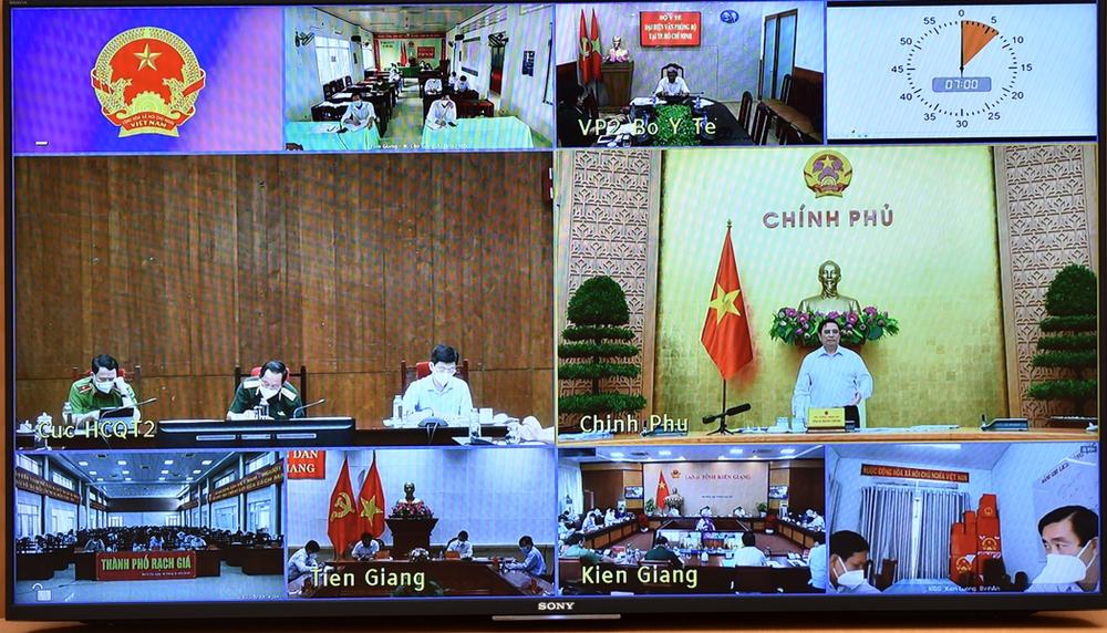 Thủ tướng truy vấn lãnh đạo Kiên Giang, Tiền Giang và rất sốt ruột trước câu trả lời - Ảnh 1.