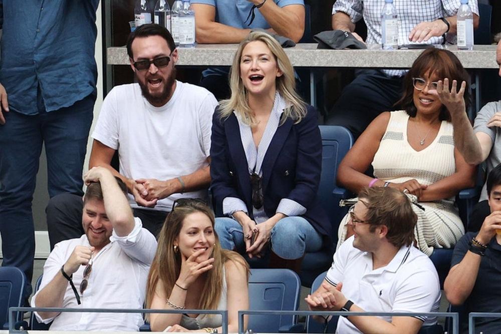 Hoa khôi Sharapova và dàn sao hạng A Hollywood chứng kiến Djokovic bật khóc, gục ngã trước ngưỡng cửa thiên đường - Ảnh 11.