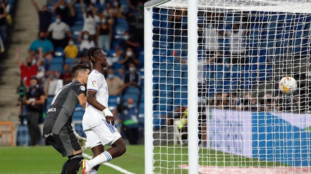 Real Madrid 5-2 Celta Vigo: Benzema ghi hat-trick, Camavinga ra mắt như mơ - Ảnh 4.