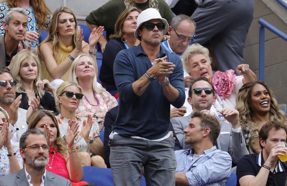 Hoa khôi Sharapova và dàn sao hạng A Hollywood chứng kiến Djokovic bật khóc, gục ngã trước ngưỡng cửa thiên đường - Ảnh 4.
