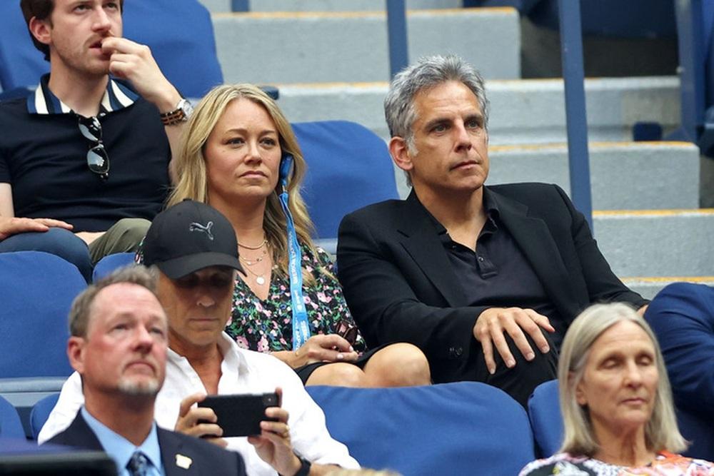 Hoa khôi Sharapova và dàn sao hạng A Hollywood chứng kiến Djokovic bật khóc, gục ngã trước ngưỡng cửa thiên đường - Ảnh 7.