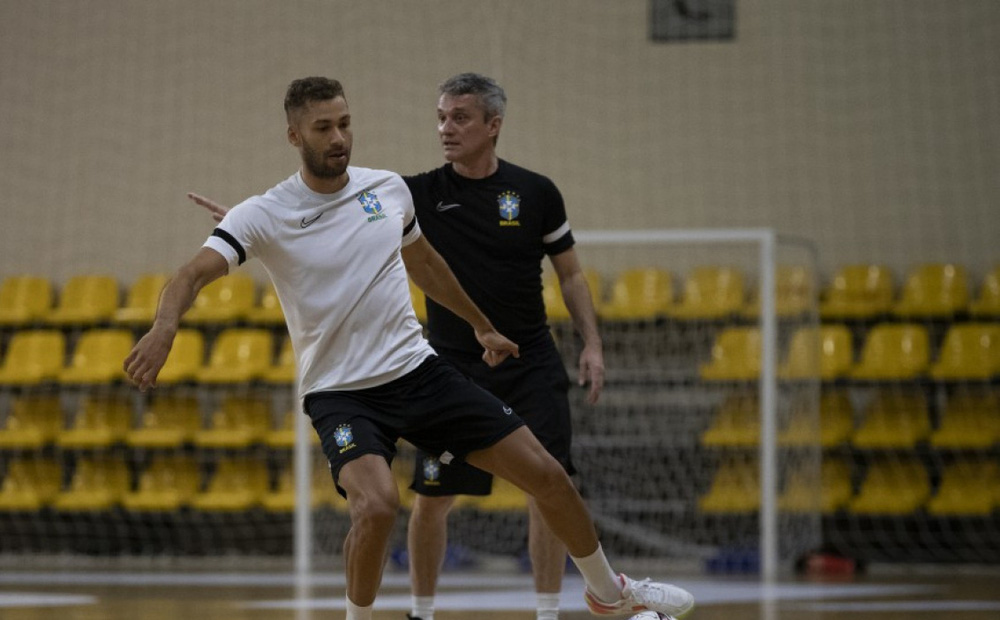 """HLV ĐT Futsal Brazil: """"Cần bình tĩnh khi đối đầu Việt Nam"""""""