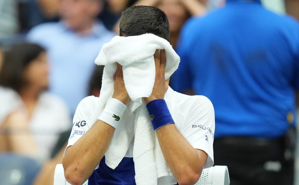 Djokovic nói gì khi thua Medvedev ở chung kết US Open 2021?
