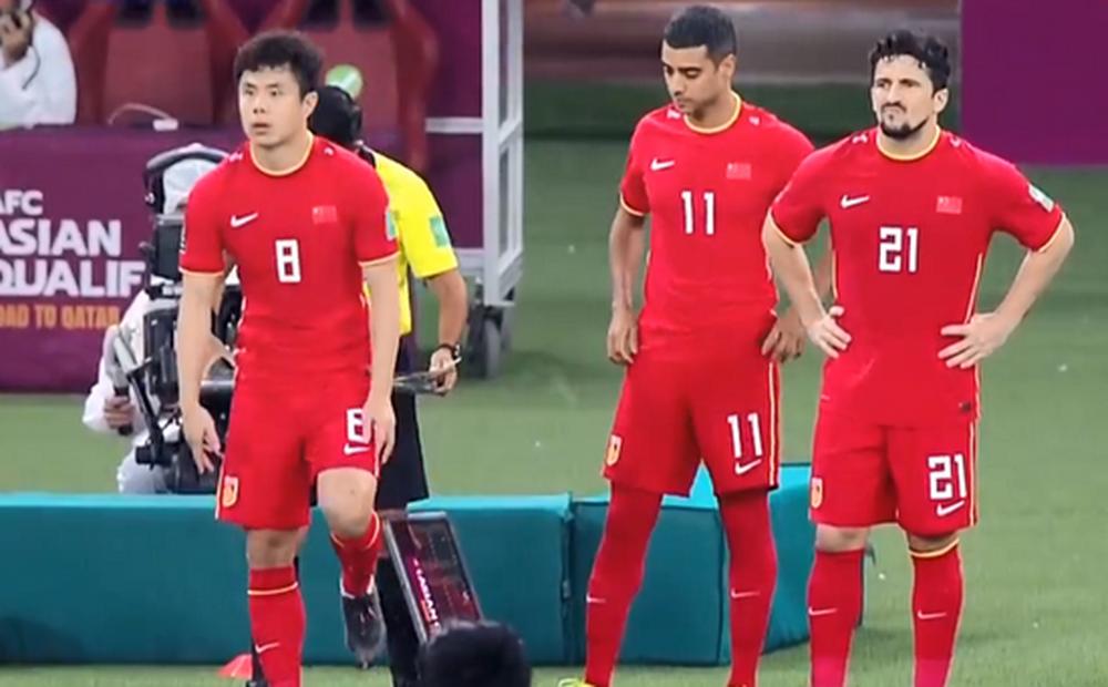 """""""Các cầu thủ nhập tịch Trung Quốc đáng nhận 0 điểm, họ không xứng góp mặt ở ĐTQG"""""""