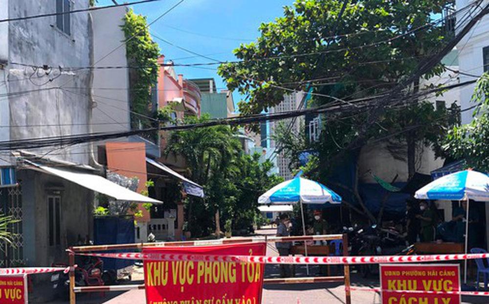 Phát hiện ổ dịch Covid-19 ở Quy Nhơn: Tạm đình chỉ công tác Bí thư, Chủ tịch phường