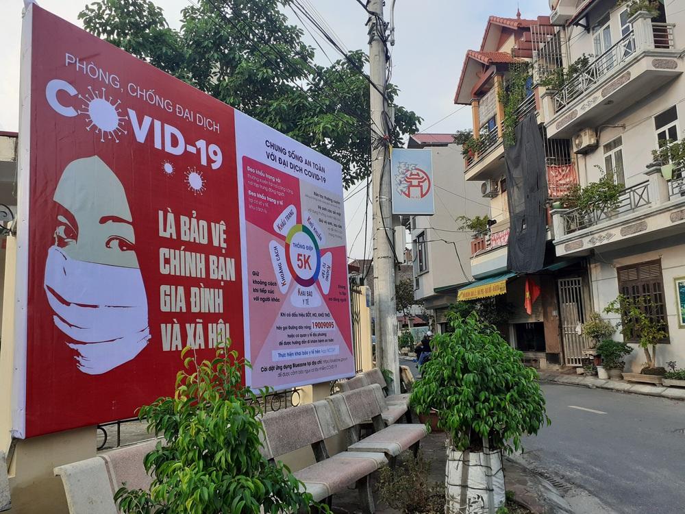 Vụ đình chỉ nữ cán bộ ở Hà Nội: Yêu cầu công khai trên Đài truyền thanh quyết định sai trái của UBND xã - Ảnh 1.