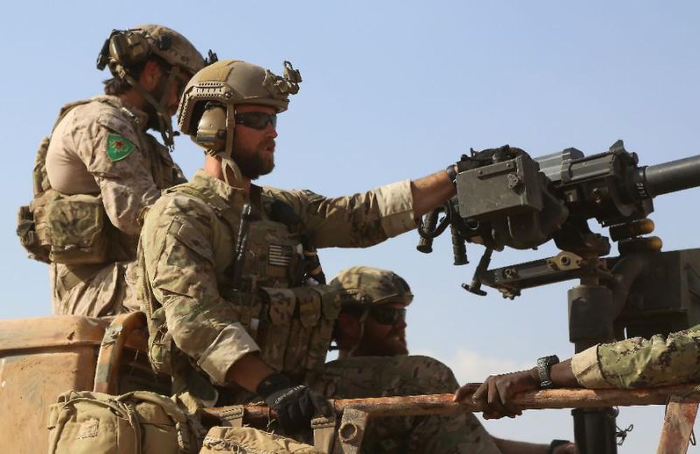 Liệu Mỹ có âm thầm bỏ mặc đồng minh Syria trước 2 con quỷ như đã làm với CP Afghanistan? - Ảnh 2.