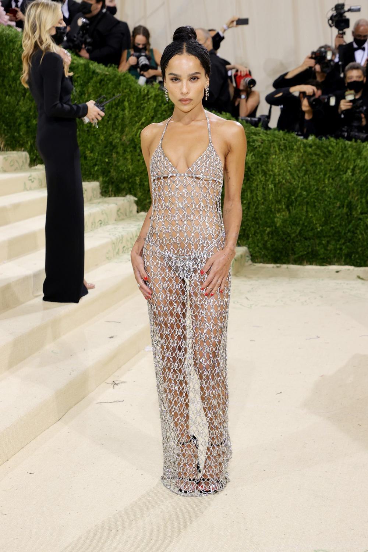 Megan Fox, Kendall Jenner và dàn mỹ nhân đọ vẻ gợi cảm ở Met Gala 2021 - Ảnh 5.