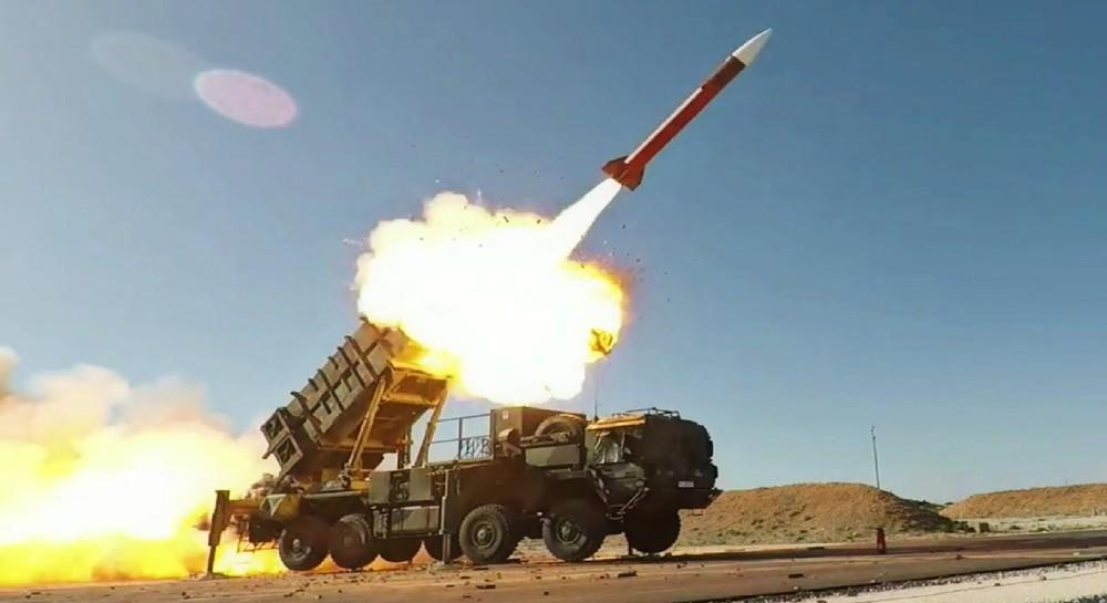 S-400 như thuốc trị bách bệnh: Lại có đồng minh lén lút mua tên lửa Nga - Mỹ tức sôi máu! - Ảnh 2.