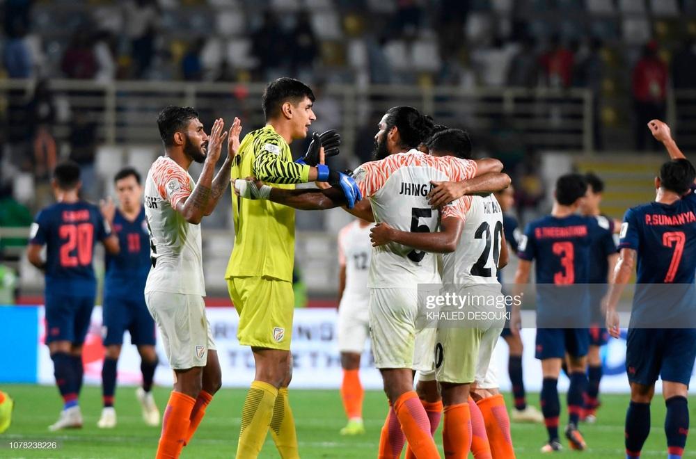 Đội tuyển từng đè bẹp Thái Lan bất ngờ muốn dự AFF Cup, vị thế của Việt Nam bị đe dọa? - Ảnh 1.
