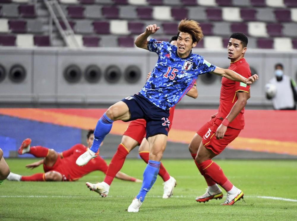 """Từ chối ĐT Trung Quốc vì chê """"trình độ kém"""", 2 đội bóng UAE muốn mời Việt Nam đá giao hữu - Ảnh 1."""