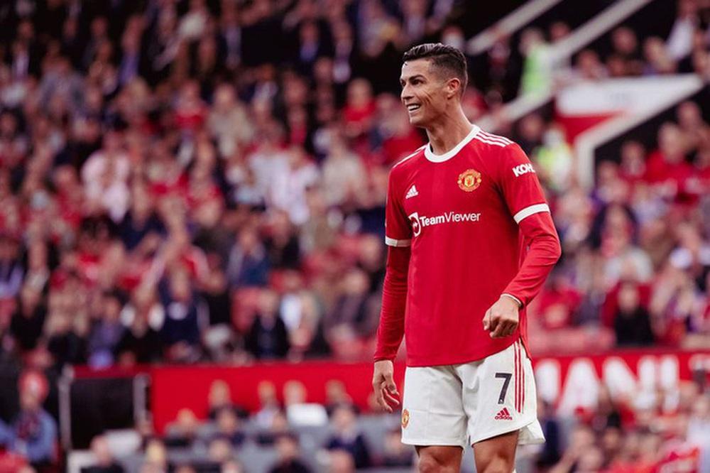 Ronaldo sẽ kiếm thêm bộn tiền nếu giúp MU vô địch - Ảnh 1.