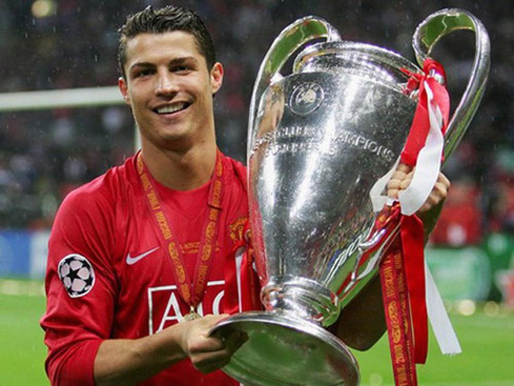 Ronaldo sẽ kiếm thêm bộn tiền nếu giúp MU vô địch - Ảnh 2.