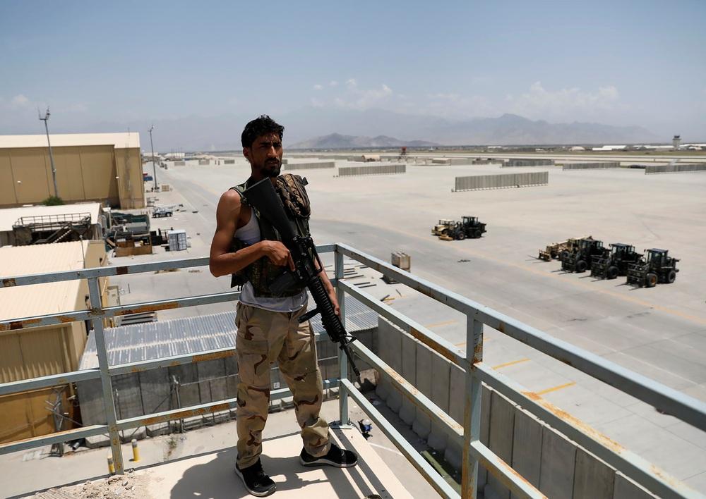 Liệu Mỹ có âm thầm bỏ mặc đồng minh Syria trước 2 con quỷ như đã làm với CP Afghanistan? - Ảnh 4.