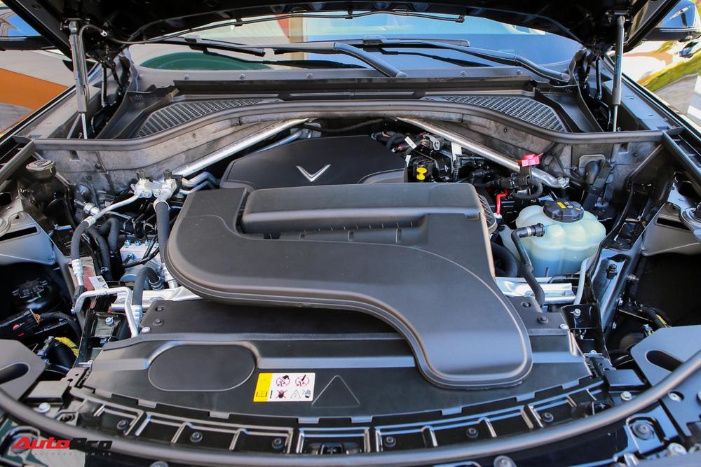 VinFast Lux A2.0 lọt top 5 sedan bán chạy – Chiêu bài nào khiến đối thủ 'mất ăn mất ngủ'? - Ảnh 4.
