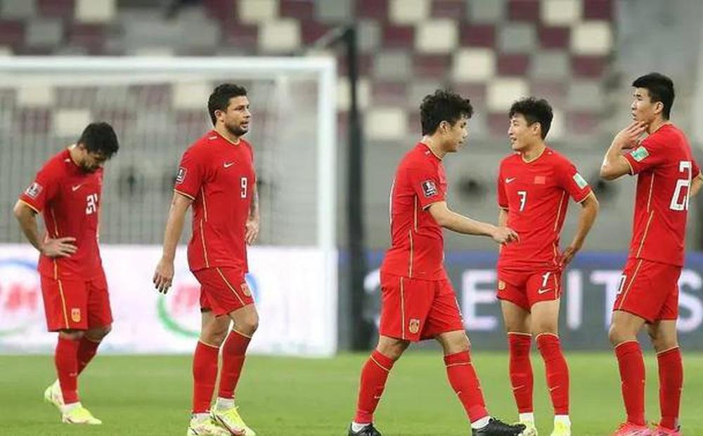 Lo sân đá với ĐT Việt Nam không có điều hòa nhiệt độ, báo Trung Quốc chưa bao giờ sợ hãi đến thế?