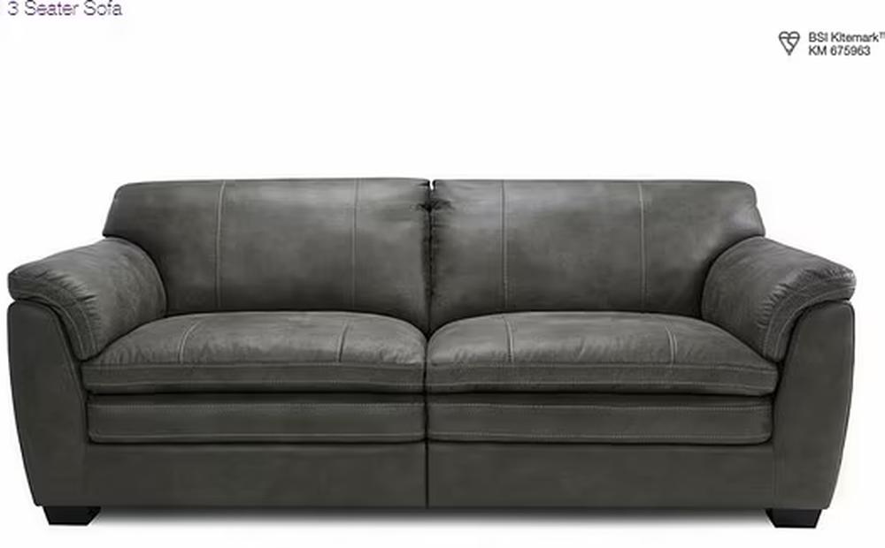 Đặt mua sofa qua mạng, sau 4 tháng chờ đợi người đàn ông dở khóc dở cười với món hàng nhận được
