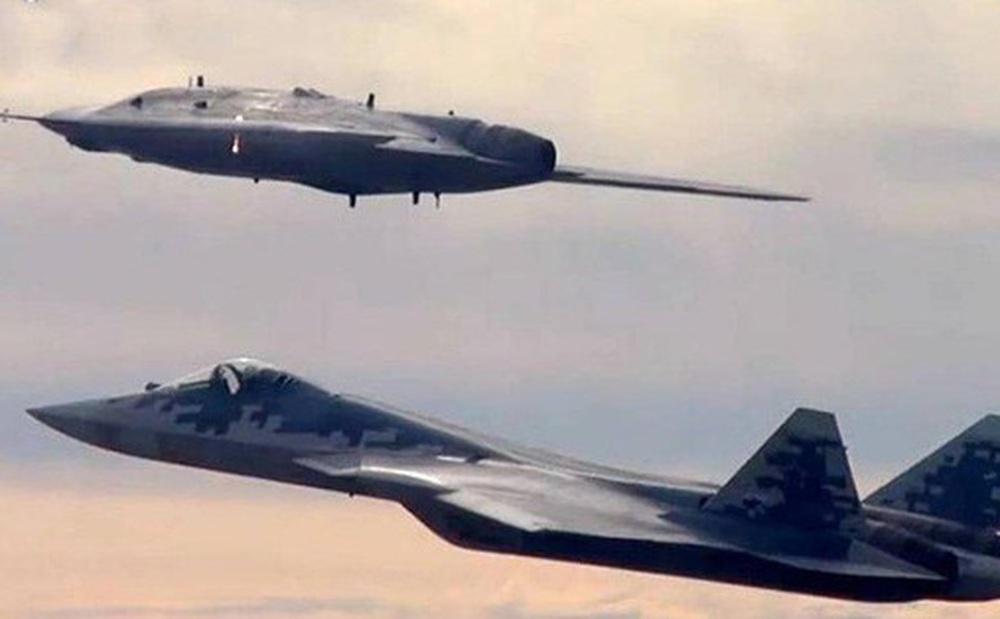 'Song sát' Su-57 và UAV Hunter-B có thể là ác mộng đối với không quân Mỹ