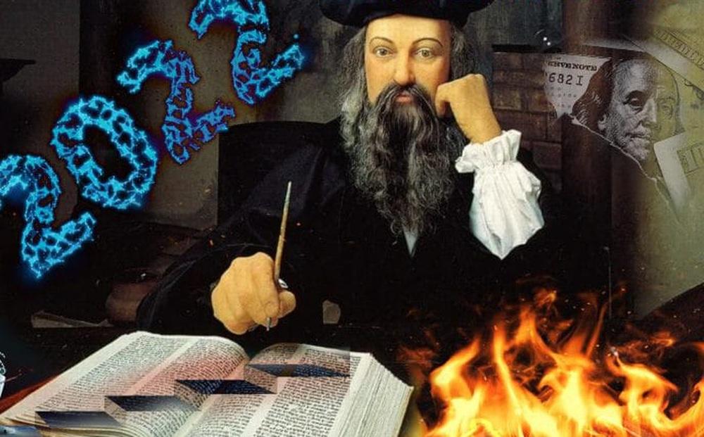"""Vận mệnh """"tăm tối"""" của thế giới năm 2022 qua lời tiên tri của Nostradamus: Sụp đổ & U buồn"""