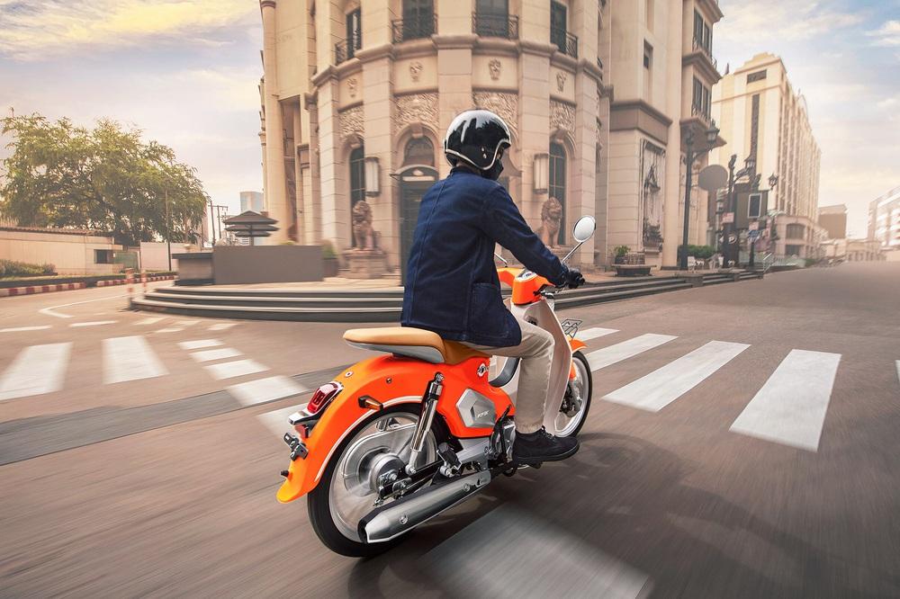 Kẻ song sinh Honda Cub giá 27 triệu, tiết kiệm xăng kèm bình nhiên liệu 4 lít - Ảnh 6.