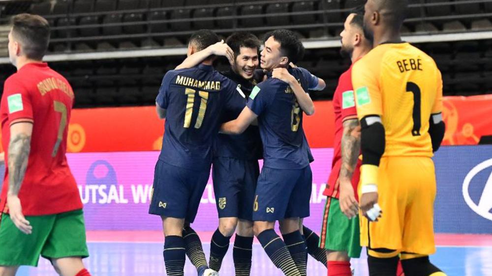 Thầy trò HLV Thái Lan thất vọng, thừa nhận sai lầm lớn trước Bồ Đào Nha ở World Cup - Ảnh 1.