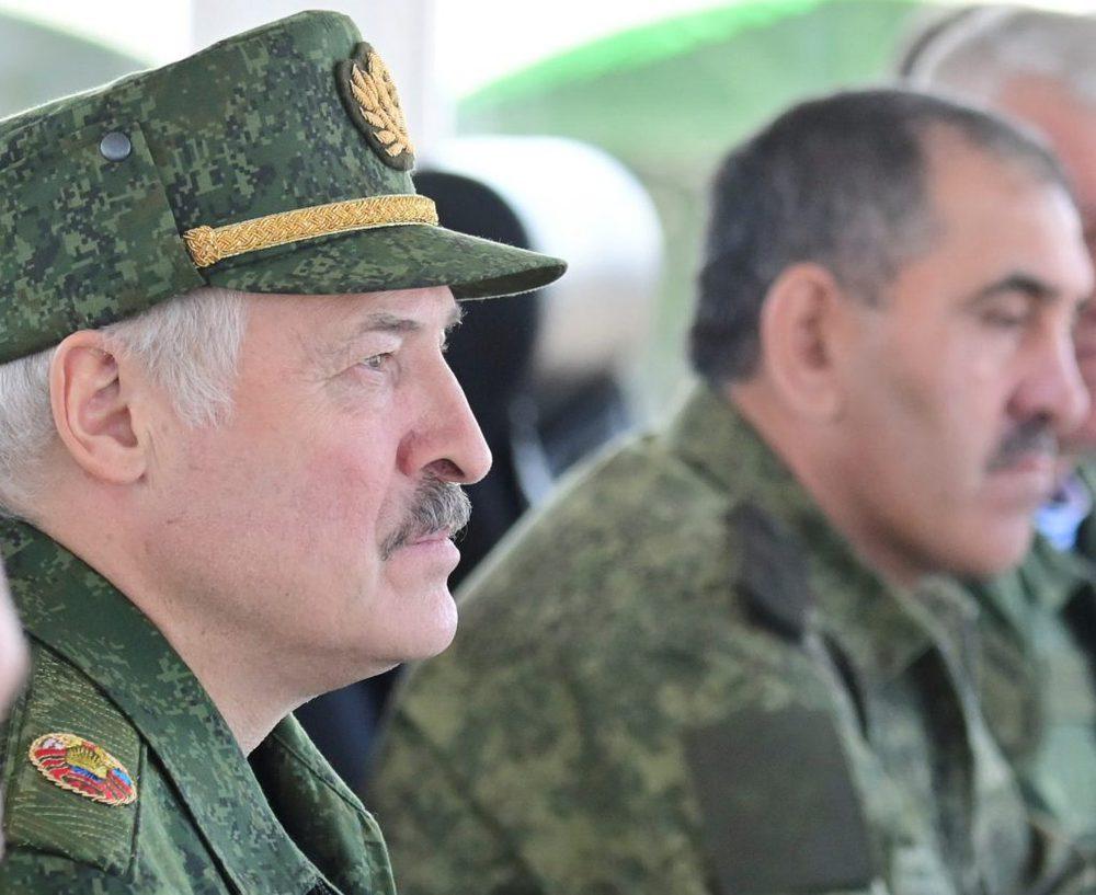 Mượn tay đồng minh uy hiếp Ukraine: TT Putin chưa bắn một viên đạn, kẻ thù đã khiếp vía! - Ảnh 1.