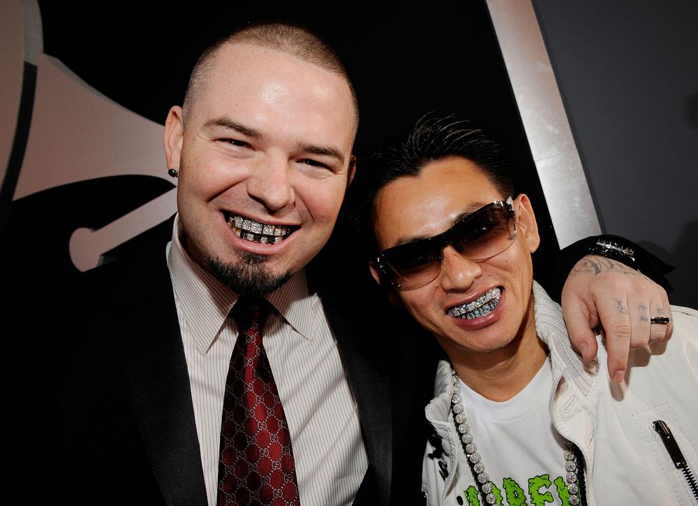Tỷ phú Johnny Đặng chứng minh độ giàu có, tặng thưởng răng kim cương, 30 ngàn đô và siêu xe hơn 2 tỷ - Ảnh 4.