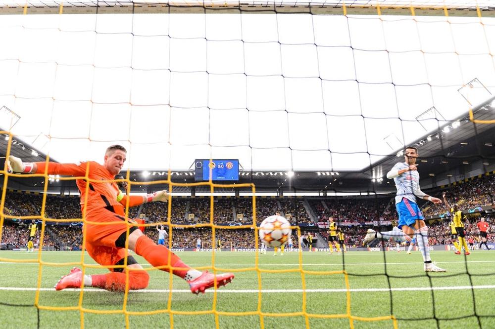 Ronaldo lại ghi bàn sớm, Man United nhận kết quả khó ai ngờ đến - Ảnh 1.