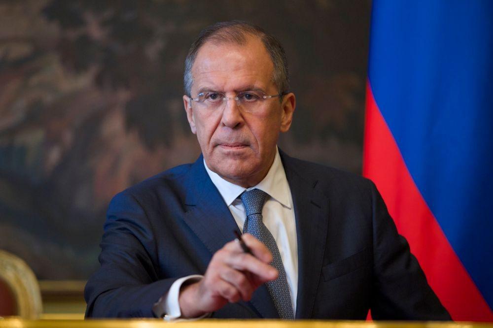 Mất hết kiên nhẫn với Ukraine, Ngoại trưởng Nga thẳng thừng: Ăn xin và van xin, Kiev nên có lòng tự trọng! - Ảnh 1.
