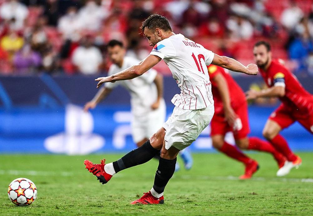 Sevilla chia điểm trong trận cầu lịch sử với 4 quả phạt đền chỉ trong hiệp một - Ảnh 6.