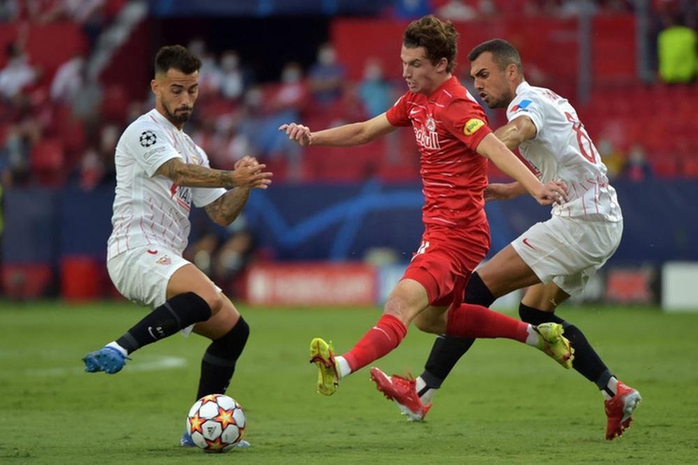 Sevilla chia điểm trong trận cầu lịch sử với 4 quả phạt đền chỉ trong hiệp một - Ảnh 10.
