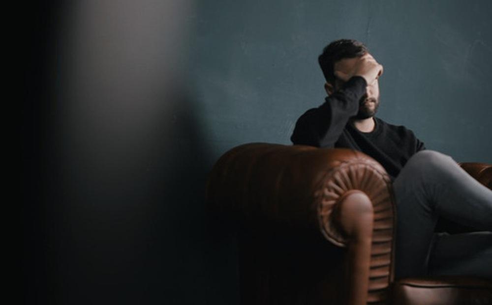 Bản tự thuật của một người đàn ông trung niên 45 tuổi: Sau 20 năm làm việc chăm chỉ, thứ duy nhất nhận ra là ''lãng phí cuộc đời''