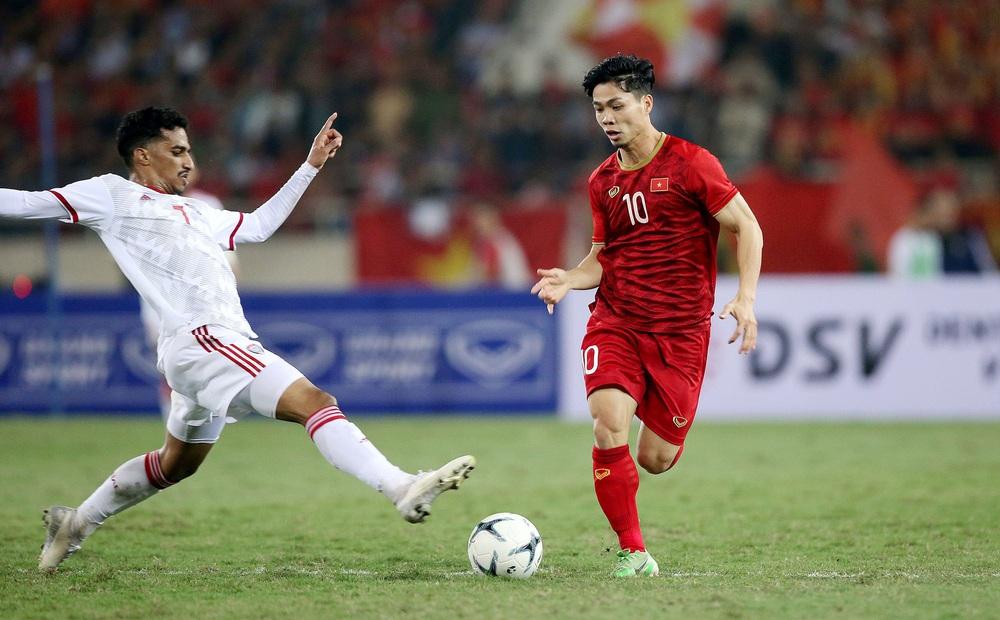 NÓNG: Thầy Park công bố danh sách tuyển Việt Nam đấu Trung Quốc, Công Phượng chính thức trở lại